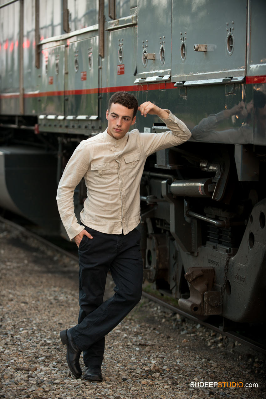 Senior Picture Guy with Train Skyline - SudeepStudio.com Ann Arbor Senior Pictures Photographer