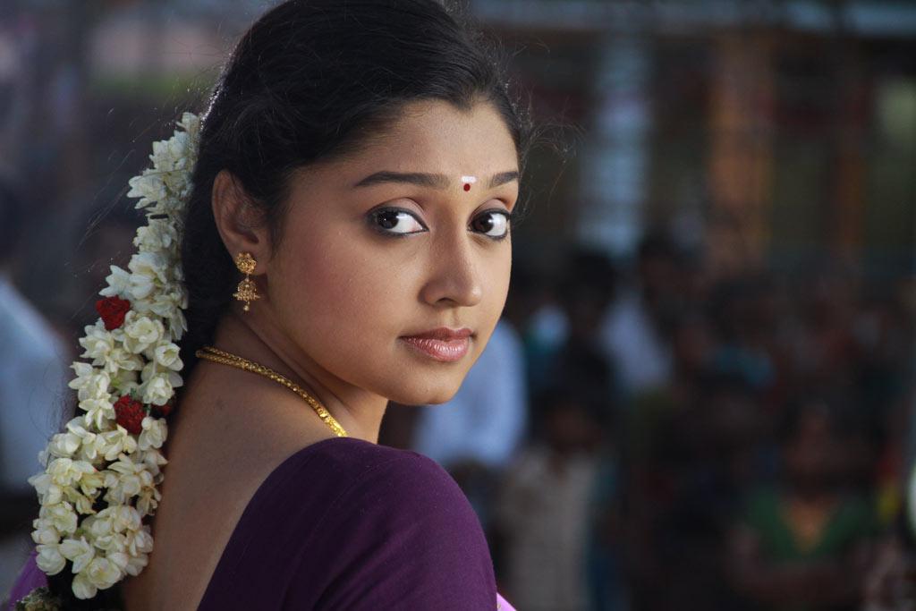 Pokkisham Movie Heroine Name Sony L Series Battery Best Buy