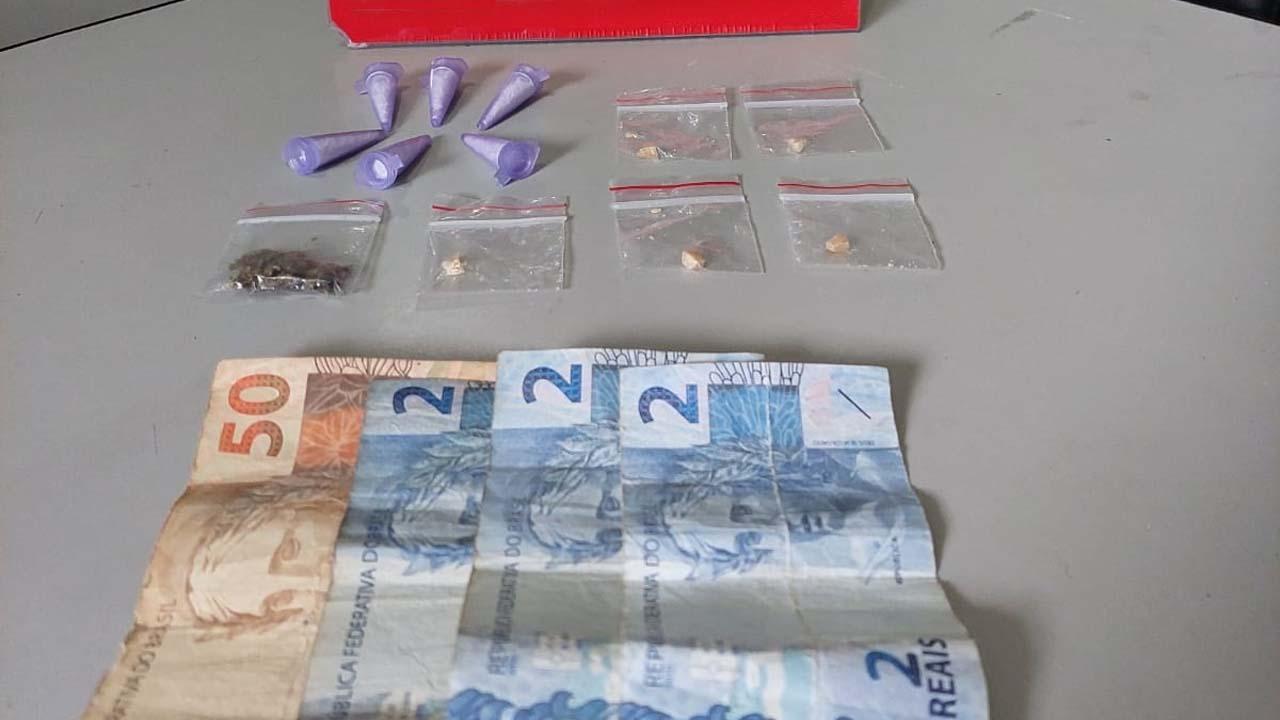 Polícia de Laranjal Paulista detém homem com drogas e dinheiro do tráfico
