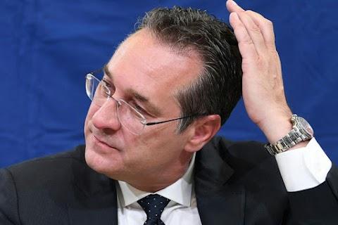 Heinz-Christian Strache bírálta az FPÖ-t felesége kizárása miatt