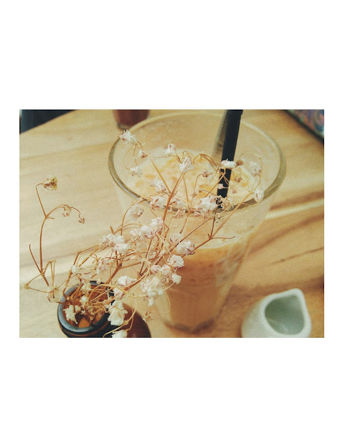 Hayati Specialty Coffee Jogja : Bang, Hayati Lelah Bang! - Iced Latte
