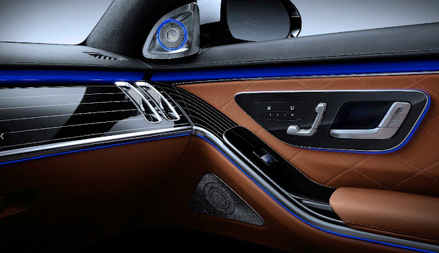 2021-mercedes-s-class-door-panel-control-adjustment-and-audio-system