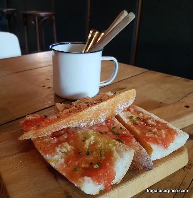 Pão com tomate, petisco típico de Barcelona