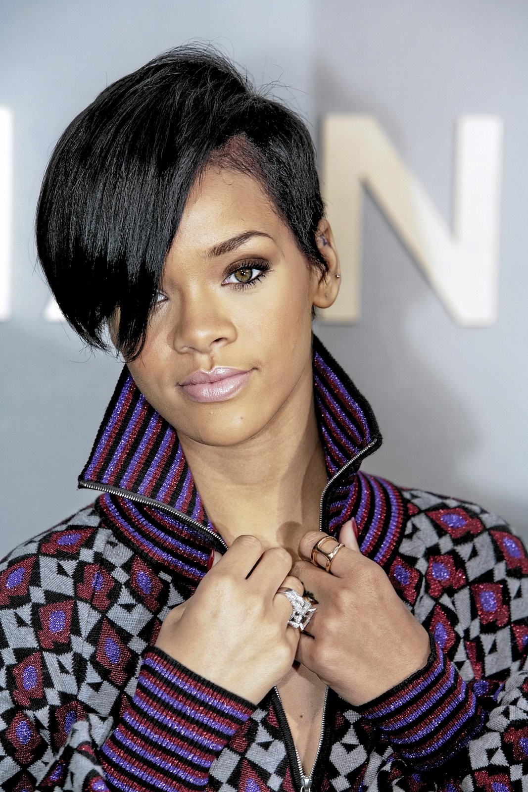 Coollingwood S Black Female Celebrity Hairstyles