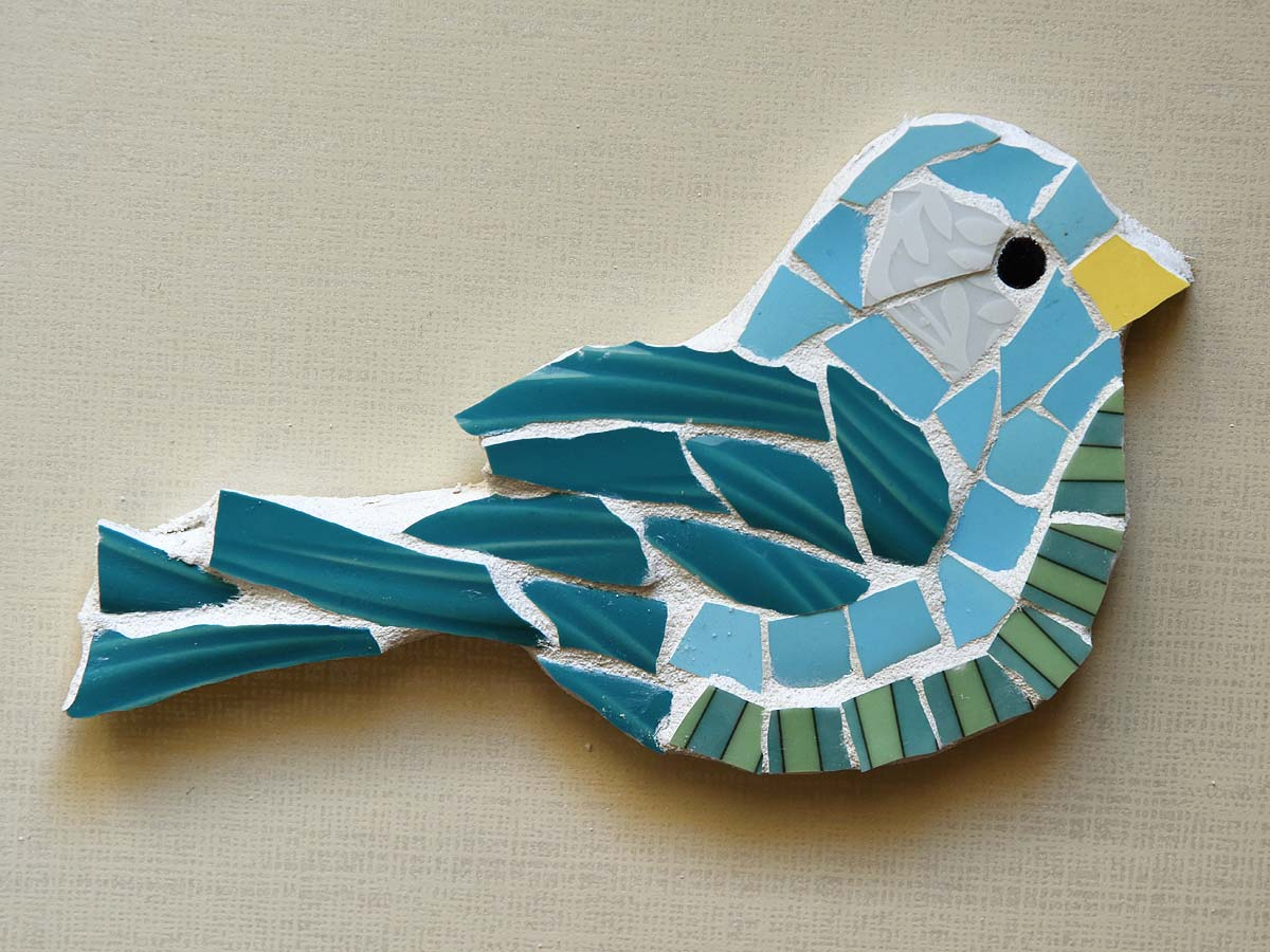 Pique assiette Mosaic Bird by Jeanne Selep
