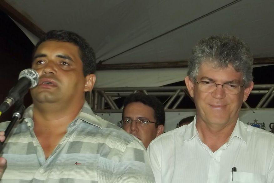 Ex-prefeito de Cacimbas, Geraldo Paulino Terto, morre com covid-19