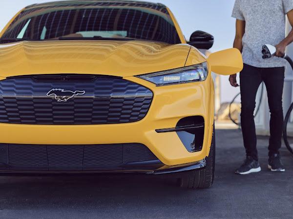 Mustang Mach-E Performance faz  0 a 100 km/h abaixo de 4s