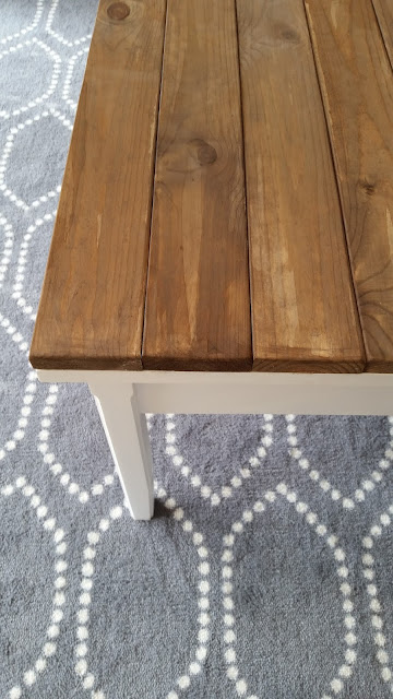 rustic farmhouse coffee table makeover DIY