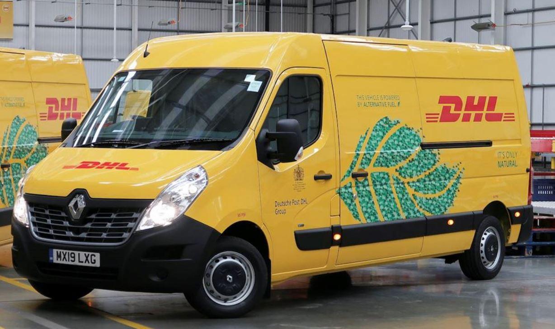 شركة DHL  للشحن تخطط لتحويل ٦٠٪ من اسطولها لسيارات كهربائية