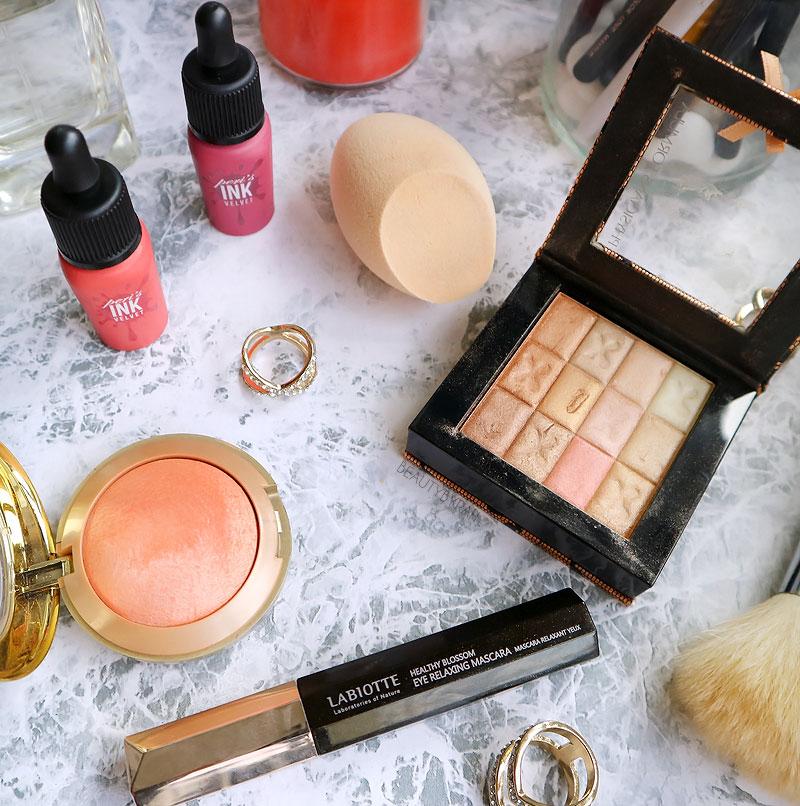Labiotte Eye Relaxing Mascara, Nature Republic Round Cut Puff, Peri Pera Lip Velvet Tint