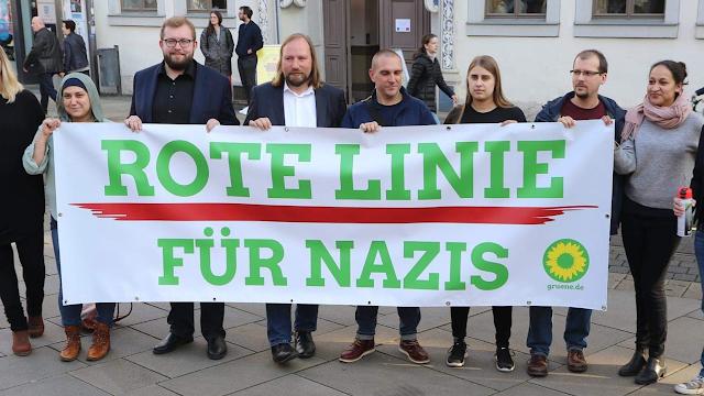 """Bildaktion """"Rote Linie für Nazis""""; Dr. Anton Hofreiter, Oliver von Dobrowolski, June Tomiak u.w."""