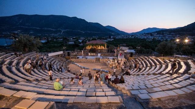 Ελληνικά έργα από τη Μικρή Επίδαυρο στο Θέατρο Πέτρας