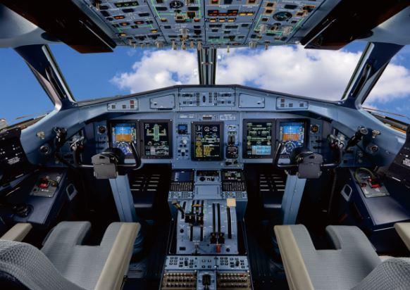 ATR 72-500 cockpit