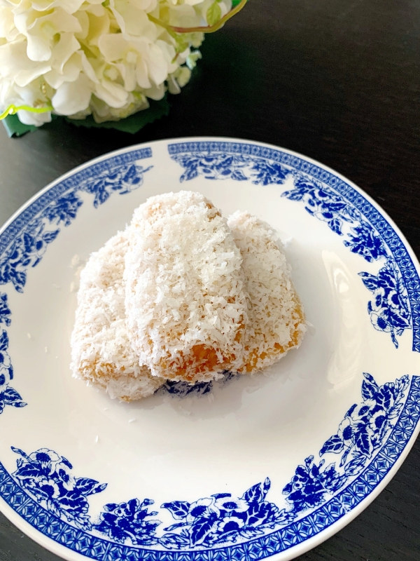Vegan Coconut Syrup Buns recipe - Ioanna's Notebook  #vegan #recipe #dessert #coconut #greekrecipe #greekfood
