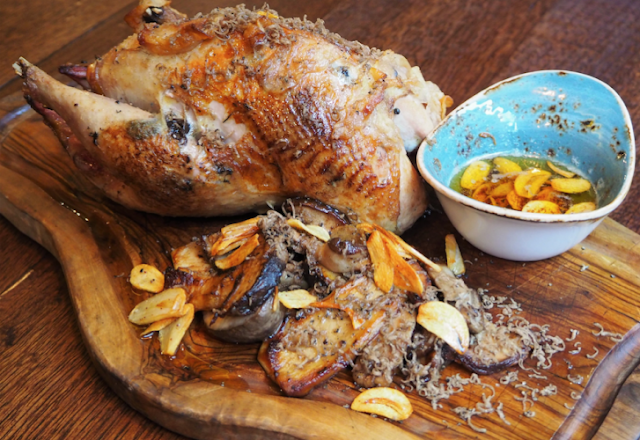 Dinner recipe: Pheasant from the oven with oyster mushrooms, garlic and truffle butter
