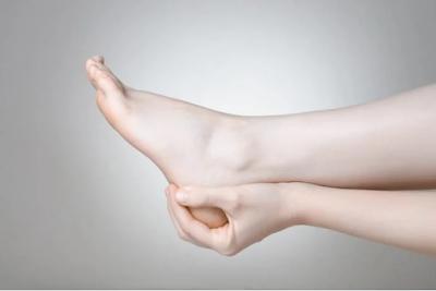 4 cara menghilangkan bau kaki dengan mudah yang terbukti ampuh