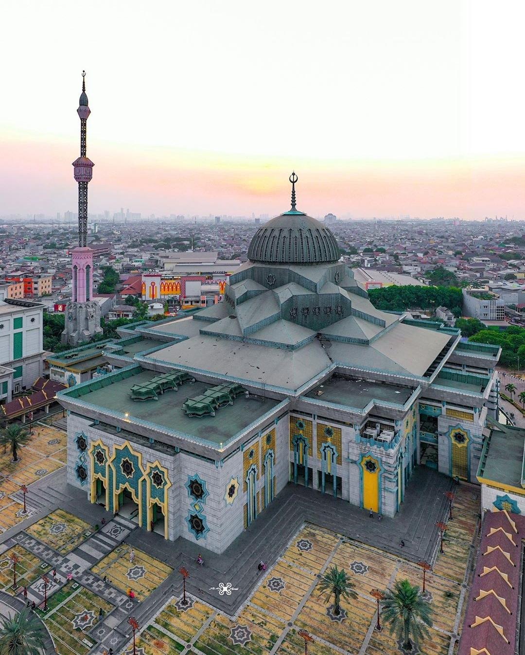 Foto Masjid dari Udara