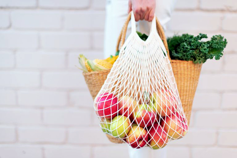 5 Tips to Reduce Shopping Waste
