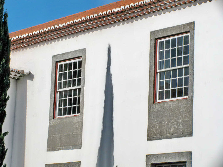 shadow in Madeira University