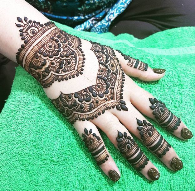 Cool Henna Tattoo Designs: 50+ Easy Henna Designs For Beginners (2019) Small, Simple