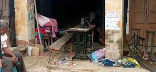 आग से टेलर की दुकान जलकर राख  | #NayaSaberaNetwork