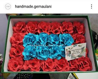 Bunga Kertas Kotak yang Elegan
