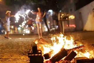 Fogueiras e queima de fogos