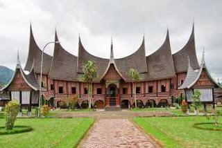 Rumah gadang, arsitektur yang mencerminkan kearifan lokal di Indonesia