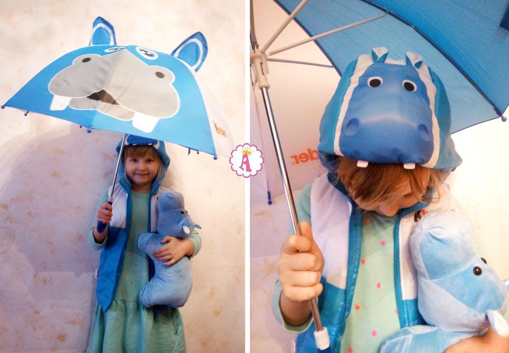 Акция Бегемотики Kinder Surprise подарки подушка, зонтик и жилетка