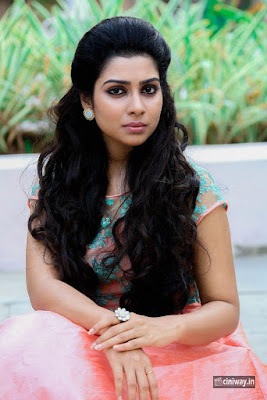 Actress Satna Titus Latest Photoshoot