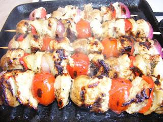 retete gratar reteta frigarui marinate cu carne si legume,