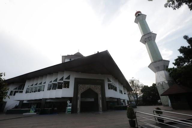 """Apa benar !!!, Masjid Agung Al Ukhuwah Bandung Dulunya """"Rumah Setan"""""""