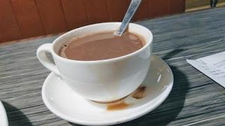 gambar air coklat panas hot chocolate Balqis Restaurant