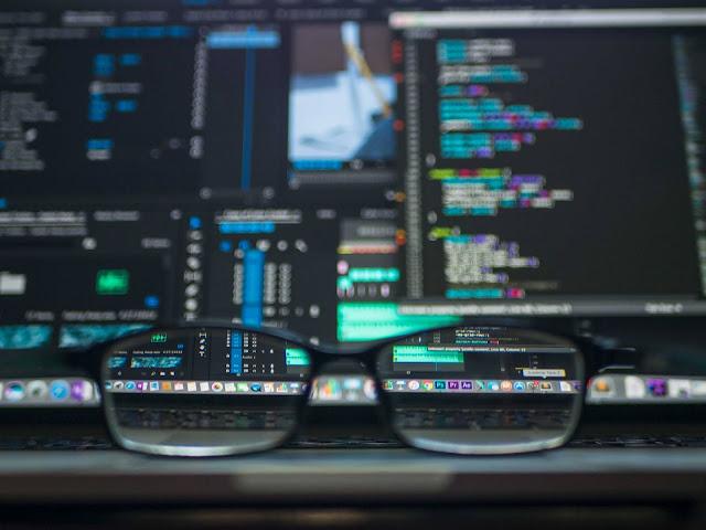 Os monitores curvos são bons para programar?