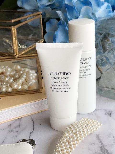 пенка Shiseido Extra Creamy Cleansing Foam