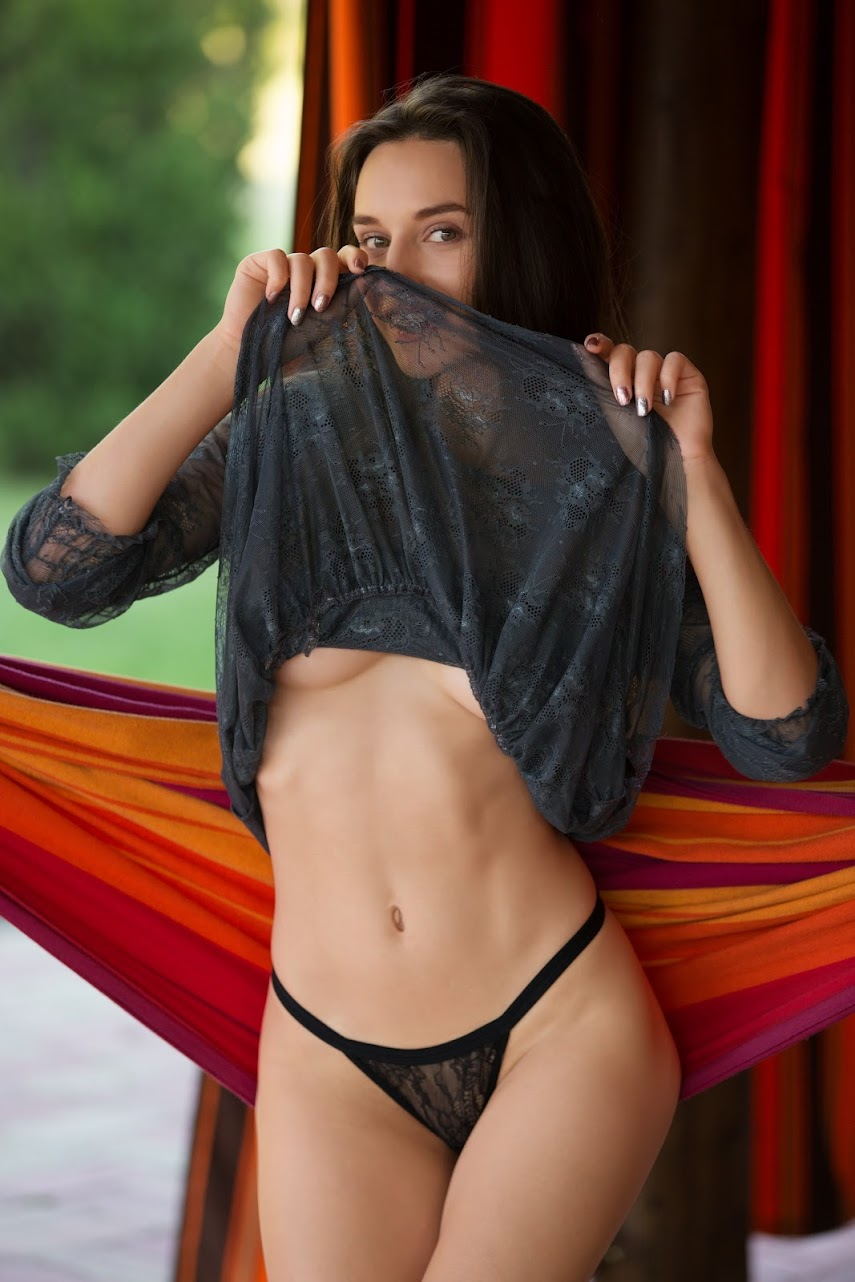 [PlayboyPlus] 2017-08-18   - Gloria Sol - Hanging Out (x40)