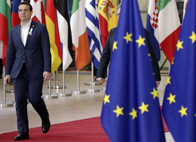 FT για Α. Τσίπρα: Από «Λένιν του Αιγαίου» αγαπημένος του κατεστημένου της Ε.Ε