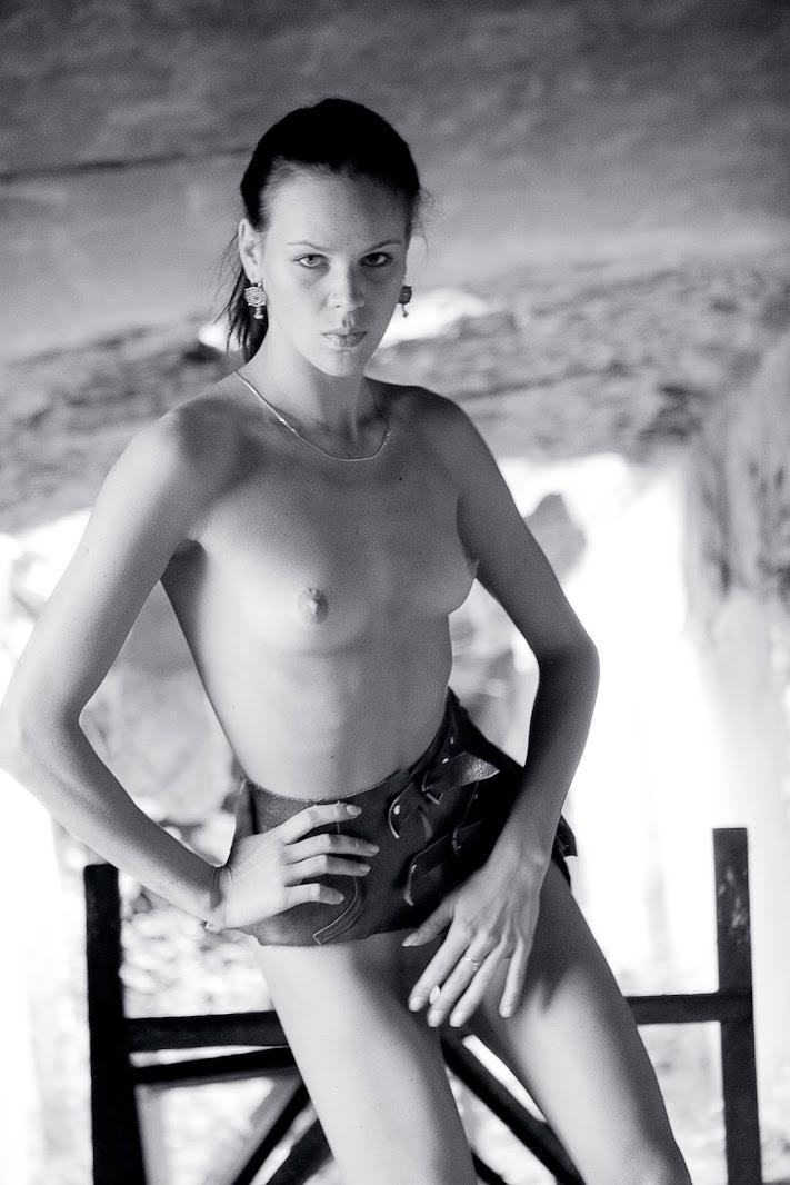 20051128_-_Tatiana_A_-_Vertigo_-_by_Rigin.zip.MET-ART_vad_62_0065 Met-Art 20051129 - Masha G - Live On Met - by Met Cam Models