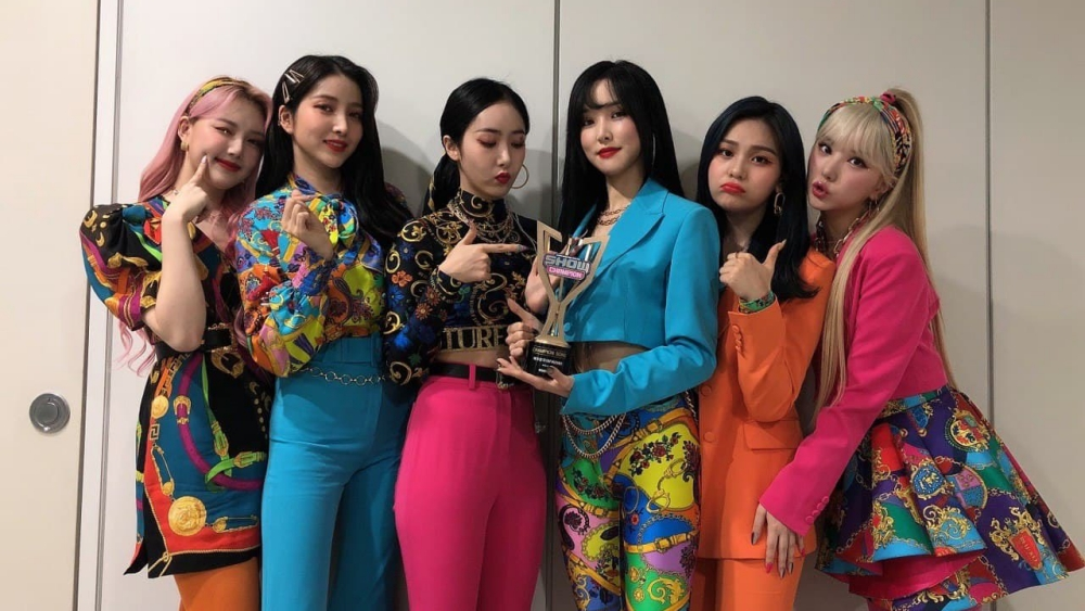 GFRIEND Takes Home The 2nd Trophy with 'MAGO' on 'Show Champion'