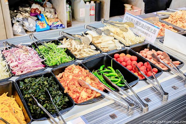 MG 0877 - 熱血採訪│韓式烤肉吃到飽400有找,多種肉品、蔬菜、熟食、小菜、飲料與冰淇淋,都在肉鮮生韓式烤肉吃到飽
