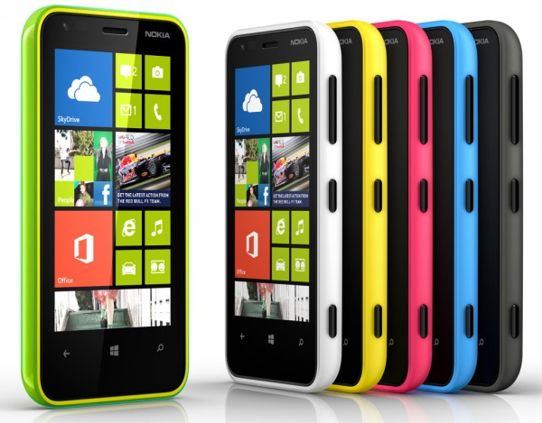 pilihan warna Nokia Lumia 620