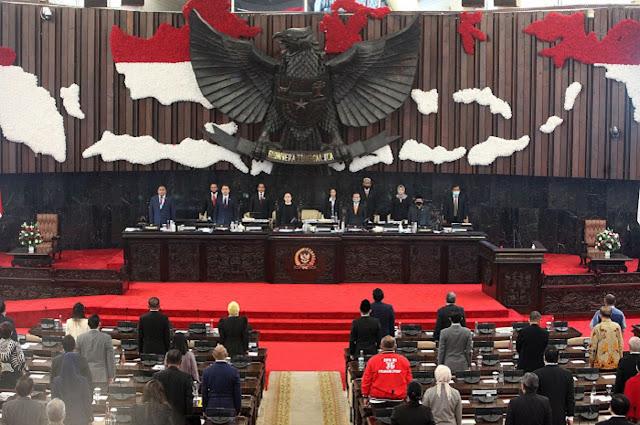 Pengamat: Ancaman Reshuffle Jokowi Berkaitan dengan Penolakan RUU HIP di DPR