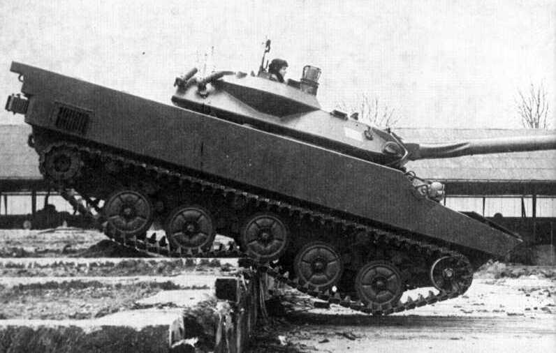 War Thunder Cv90105
