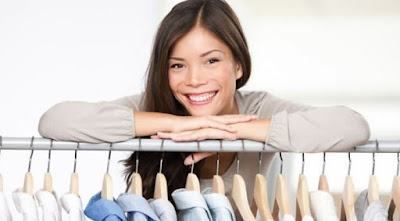 Low-cost clothing store