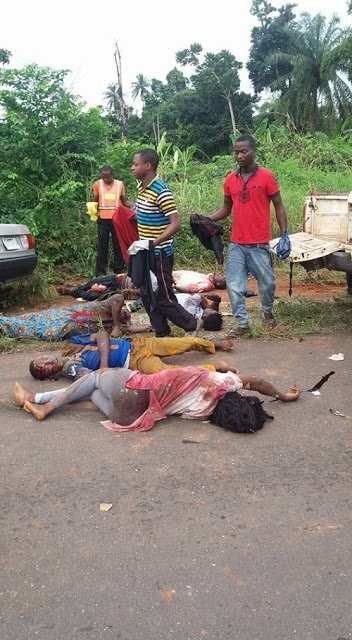 SO SAD!!! Dangote Truck Crushes Over 6 People to Death Along Lagos-Ibadan Expressway (Graphic Photos)