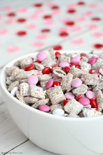 Valentine's Day Cupid Chow Muddy Buddies easy recipe from Served Up With Love