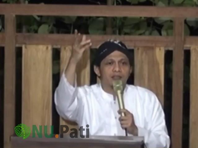 KH Abdullah Umar Fayumi