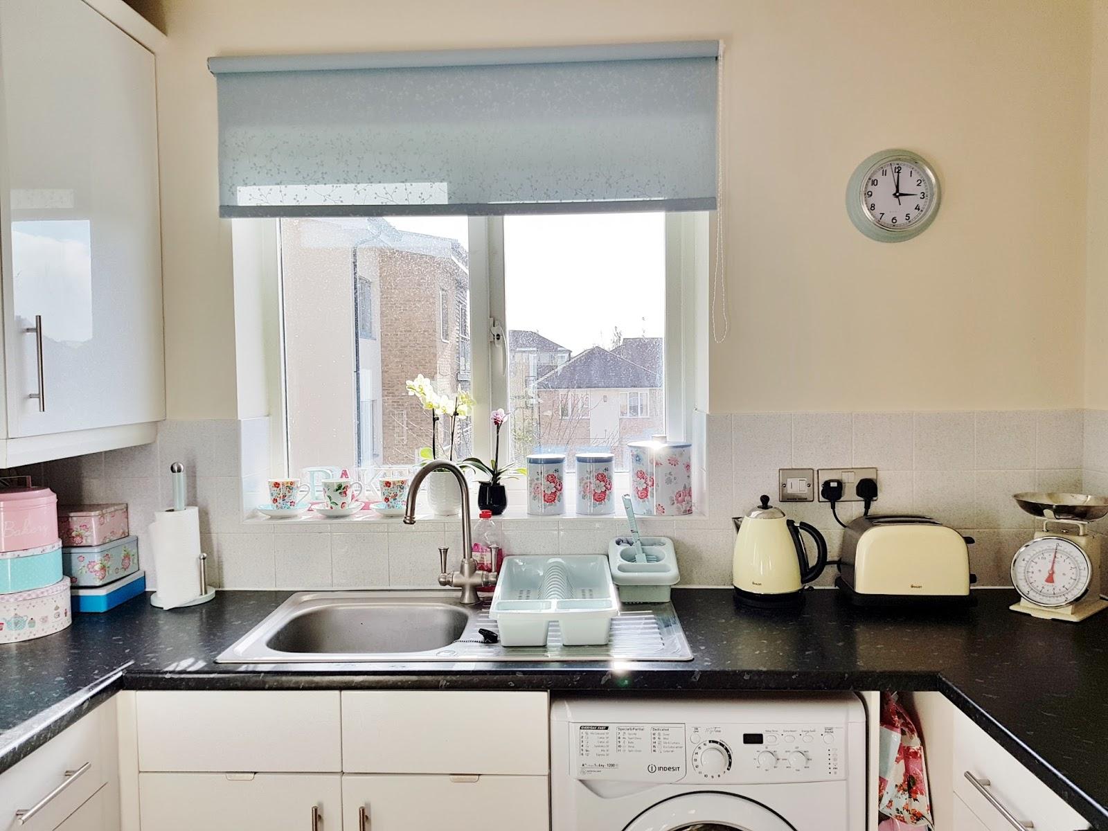 My First Home: The Kitchen | Victoria\'s Vintage Blog