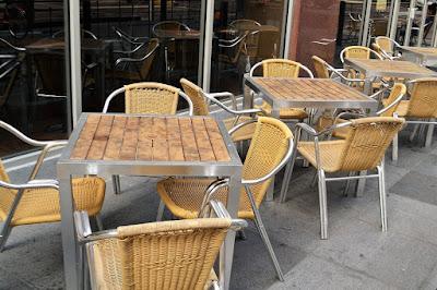 arredamento-alluminio-sedie-tavoli