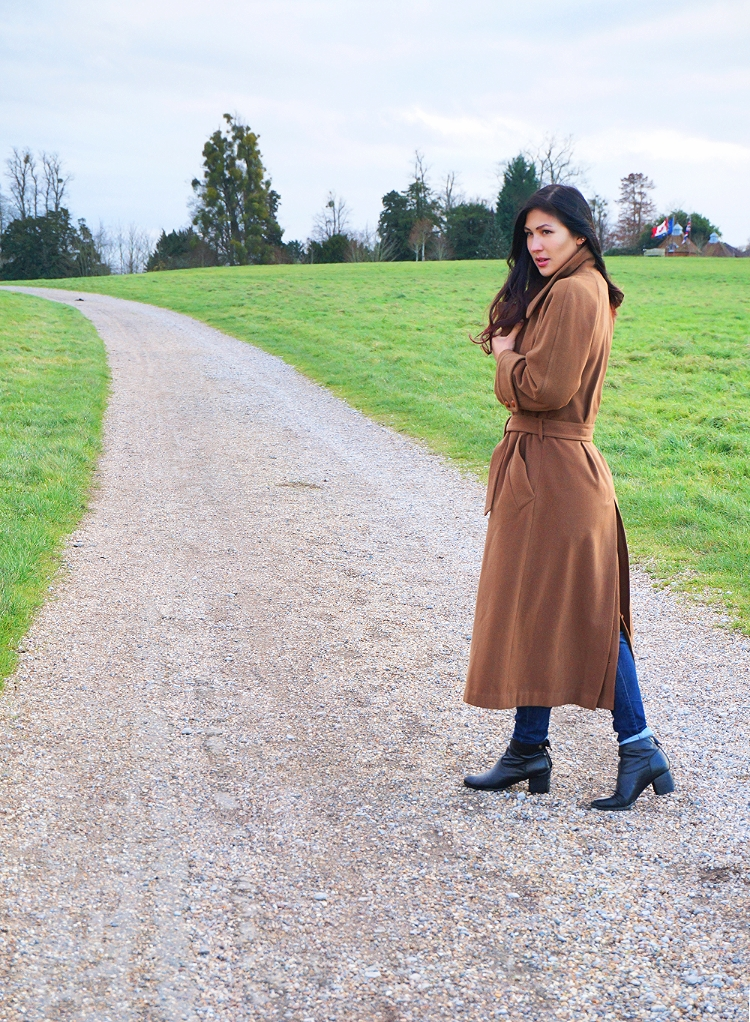 Euriental || fashion & luxury travel || vintage camel winter coat, Guess jeans